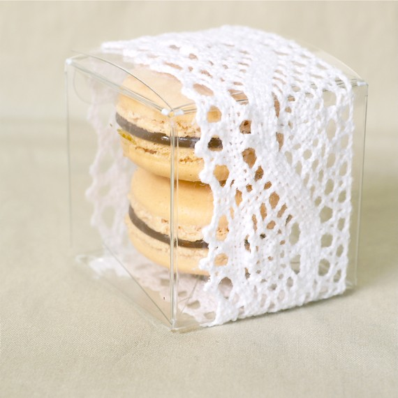 macaron lace box